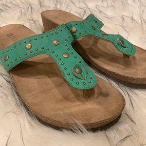 White Mountain Turqoise Sandals